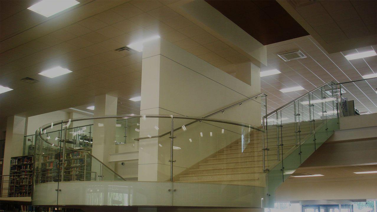 proyectos arquitectónicos en acero inoxidable